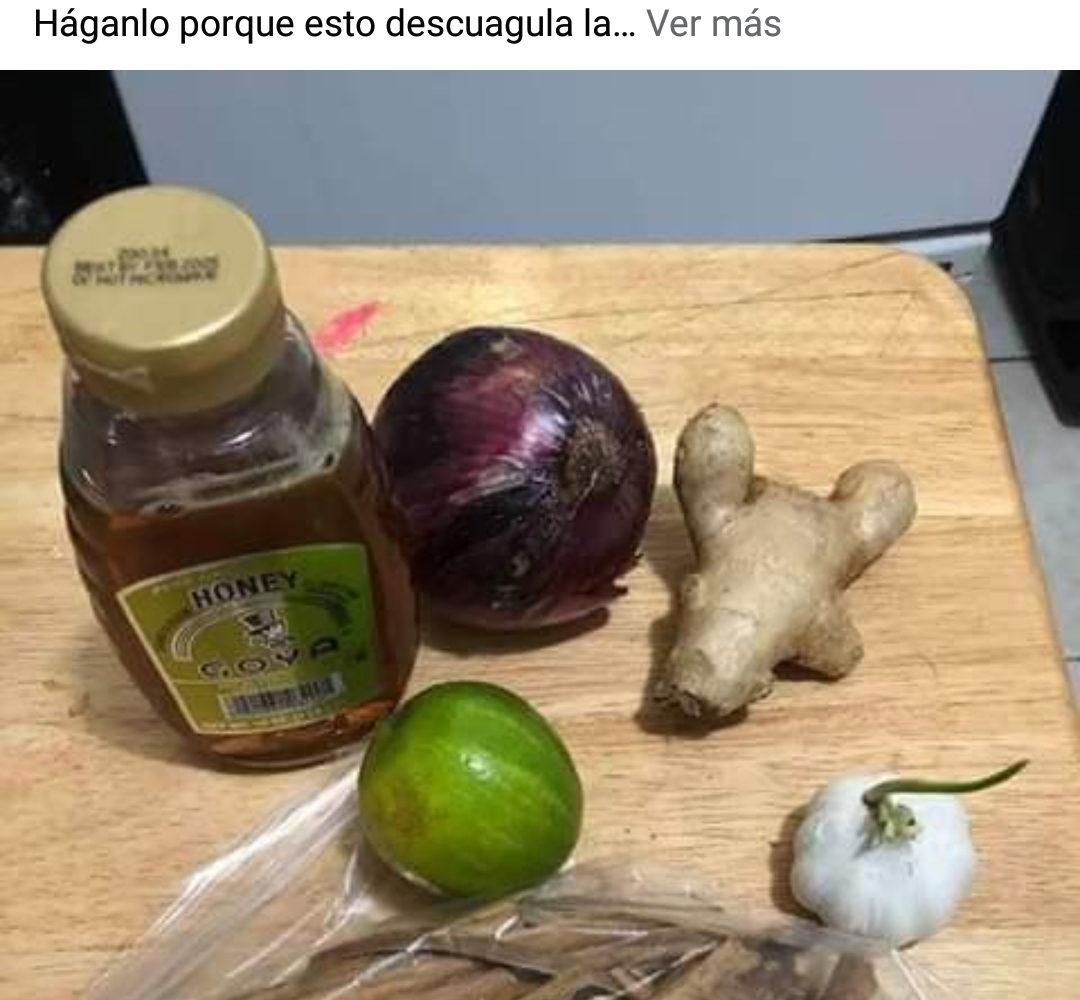 Batido de remedios caseros en base a verduras y frutas no cura el coronavirus
