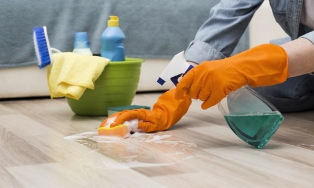 ¿Con qué desinfectar superficies para frenar el nuevo coronavirus?